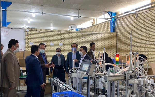 Visiting a number of officials from Kanya Noor Barzin Zagros factory
